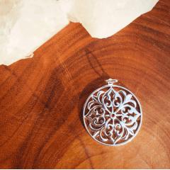 Pingente Mandala Vitoriana    Prata 925