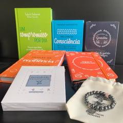 kit Resiliência - 4 Livros + 1 Moleskine + 1 Baralhinho dos Sentimentos + 1 Pulseira Hematita com Quartzo Rosa e Frete Grátis