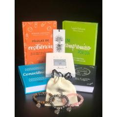 Kit Resiliente 01 - 4 Livros + 3 Pulseiras + 1 Baralhinho dos Sentimentos